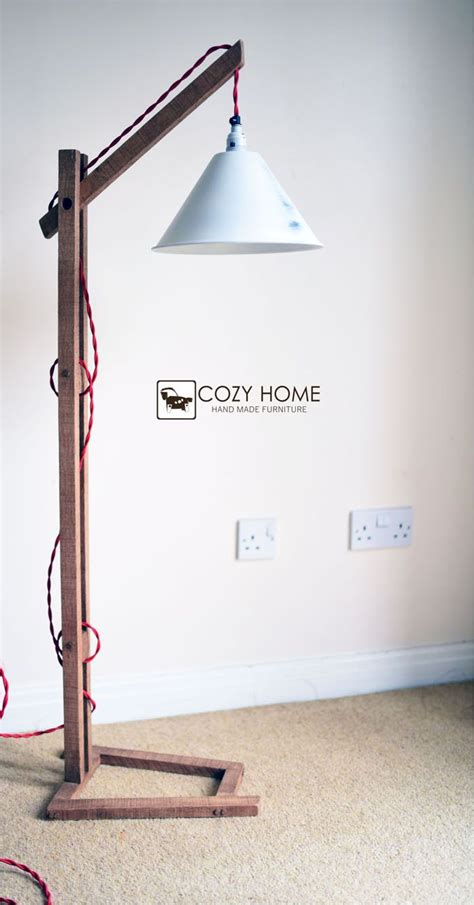 Diy-Wood-Stand-Lamp