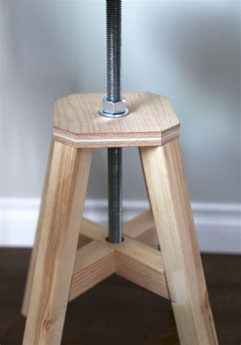 Diy-Wood-Stool-Seat