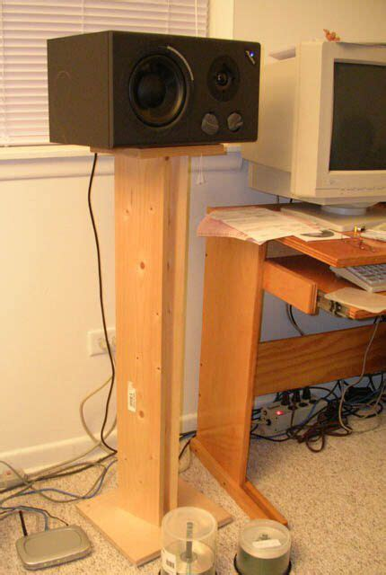 Diy-Wood-Studio-Monitor-Stands