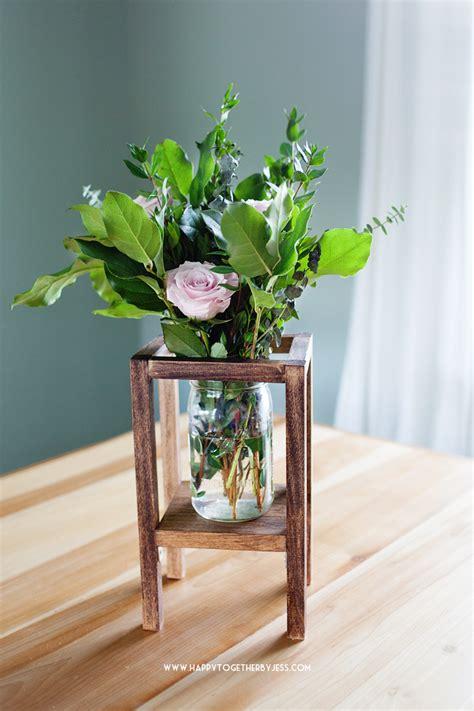 Diy-Wood-Vase-Holder