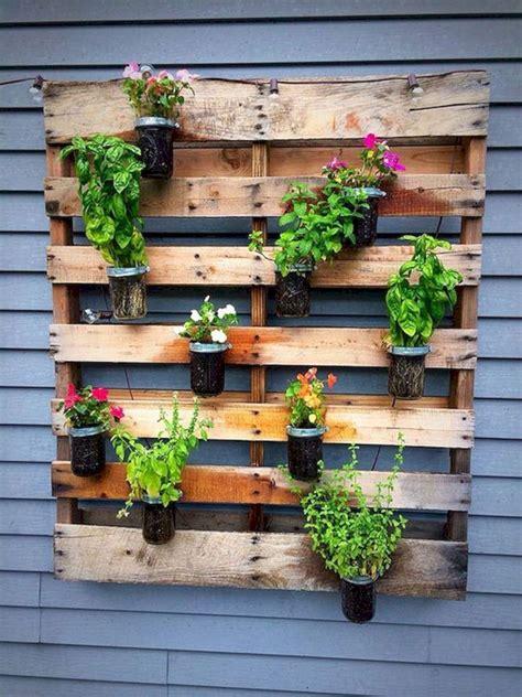 Diy-Wood-Wall-Planter