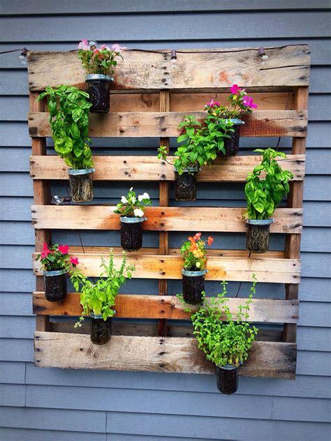 Diy-Wood-Wall-Planters
