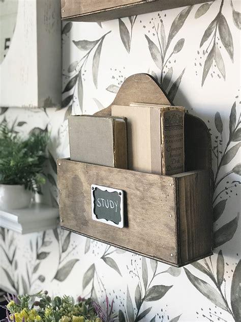 Diy-Wood-Wall-Pockets