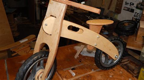 Diy-Wooden-Balance-Bike