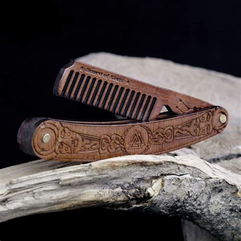 Diy-Wooden-Beard-Comb