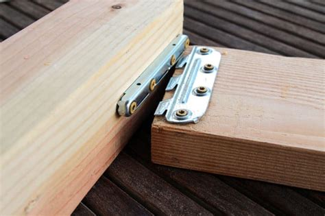 Diy-Wooden-Bed-Frame-Hardware