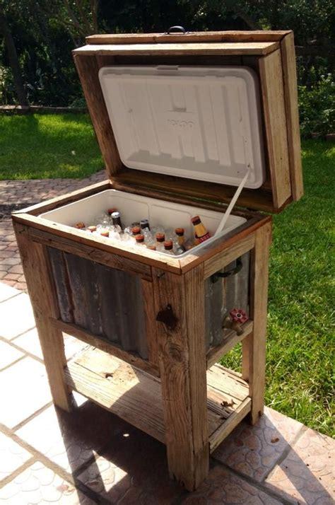 Diy-Wooden-Beverage-Cooler