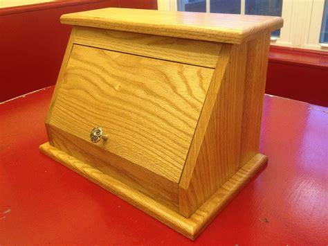Diy-Wooden-Bread-Box