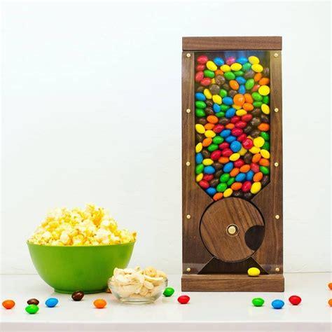 Diy-Wooden-Candy-Machine