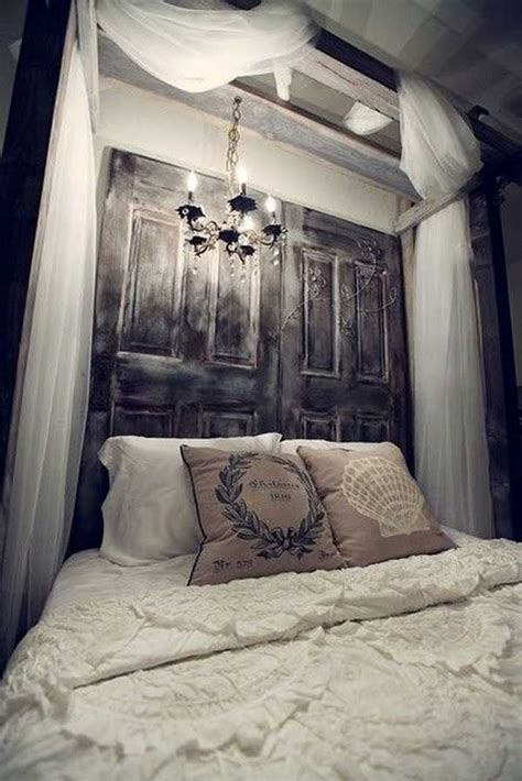 Diy-Wooden-Canopy-Bed-With-Lights