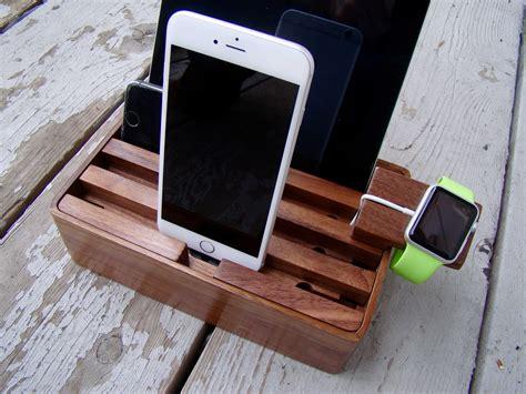 Diy-Wooden-Charging-Dock
