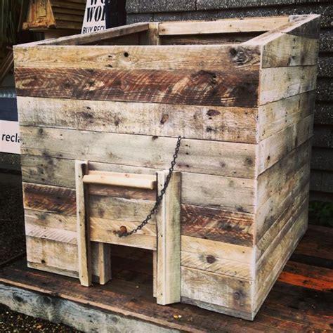 Diy-Wooden-Coal-Bunker