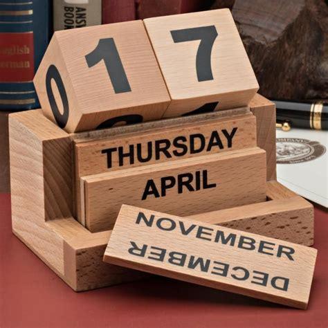 Diy-Wooden-Cube-Calendar