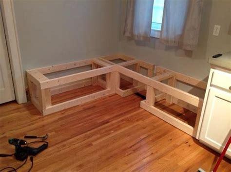 Diy-Wooden-Dining-Corner-Bench