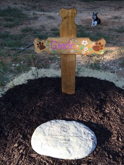 Diy-Wooden-Dog-Burial-Marker