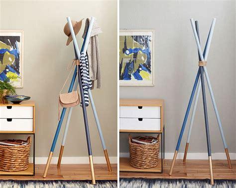 Diy-Wooden-Dowel-Coat-Rack