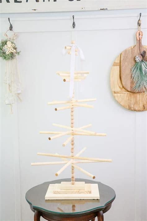 Diy-Wooden-Dowel-Tree