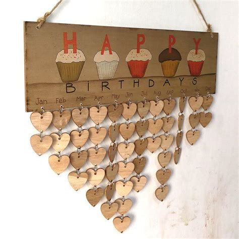 Diy-Wooden-Family-And-Friends-Happy-Birthday-Calendar