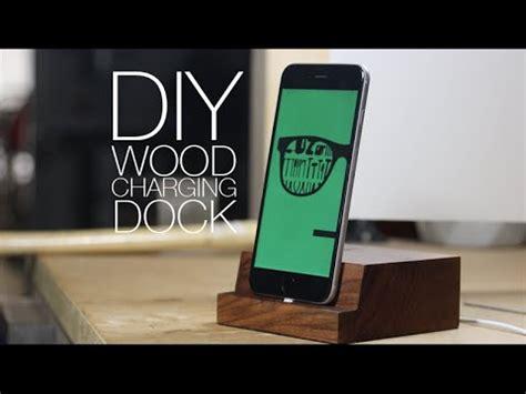 Diy-Wooden-Iphone-Charging-Dock