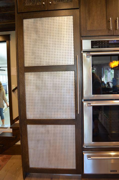 Diy-Wooden-Kitchen-Pantry-With-Doors
