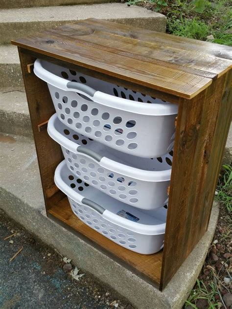 Diy-Wooden-Laundry-Basket-Holder