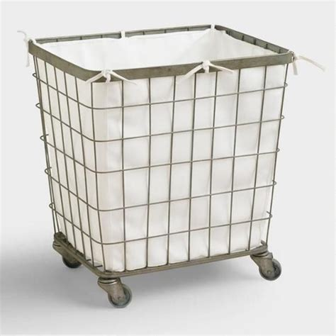 Diy-Wooden-Laundry-Hamper-With-Wheels