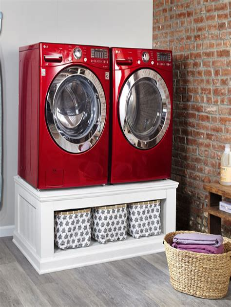 Diy-Wooden-Laundry-Pedestal