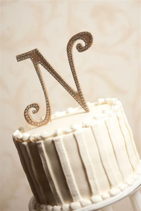 Diy-Wooden-Letter-Cake-Topper