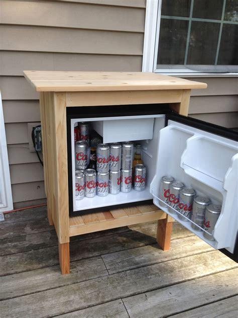 Diy-Wooden-Mini-Fridge
