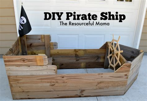 Diy-Wooden-Pirate-Ship
