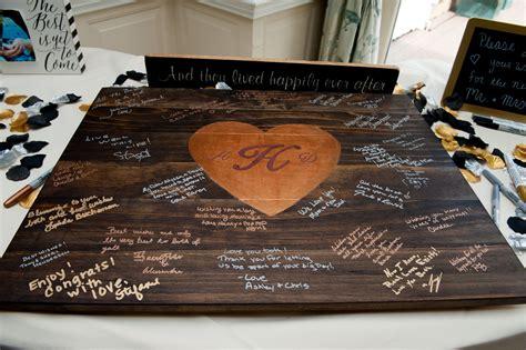 Diy-Wooden-Plank-Guestbook