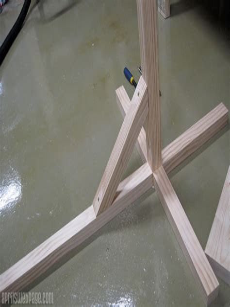 Diy-Wooden-Plant-Light
