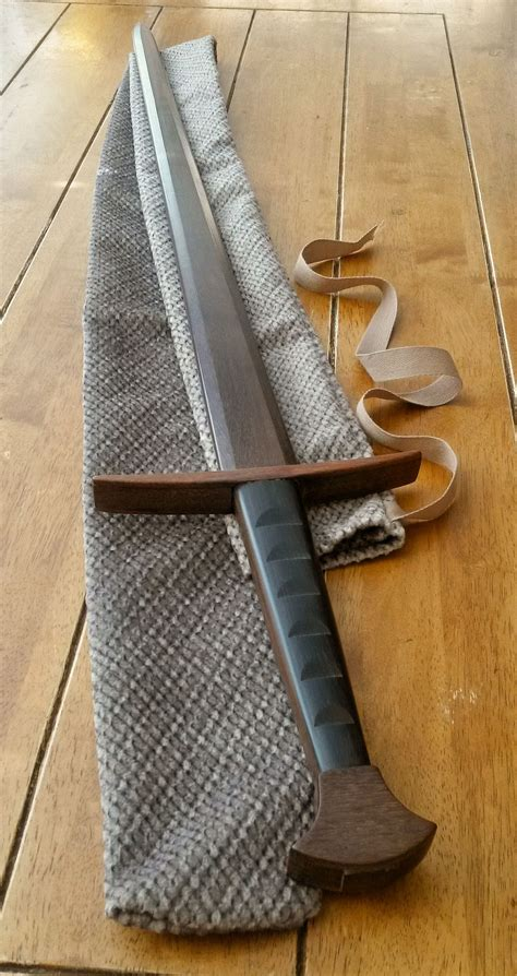 Diy-Wooden-Practice-Swords
