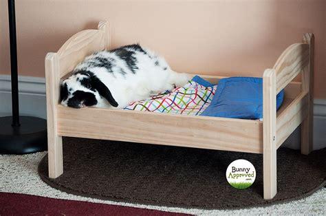 Diy-Wooden-Rabbit-Bed