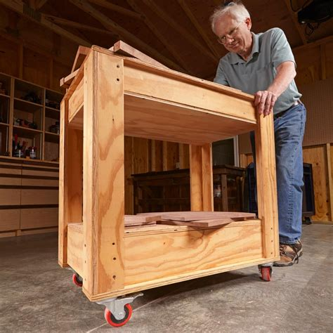 Diy-Wooden-Rolling-Carts-For-Tools