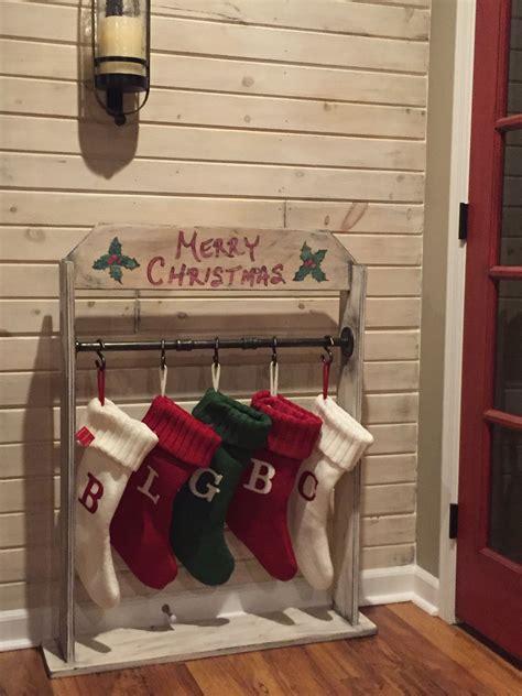 Diy-Wooden-Stocking-Hangers