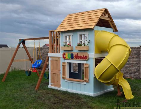Diy-Wooden-Swing-Set-With-Clubhouse
