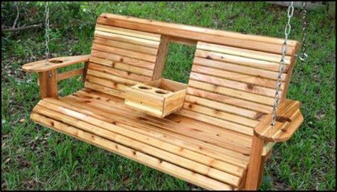 Diy-Wooden-Swinging-Bench