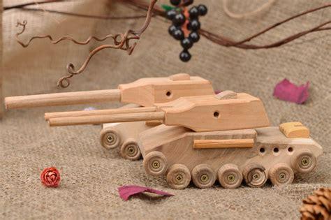 Diy-Wooden-Toy-Tank