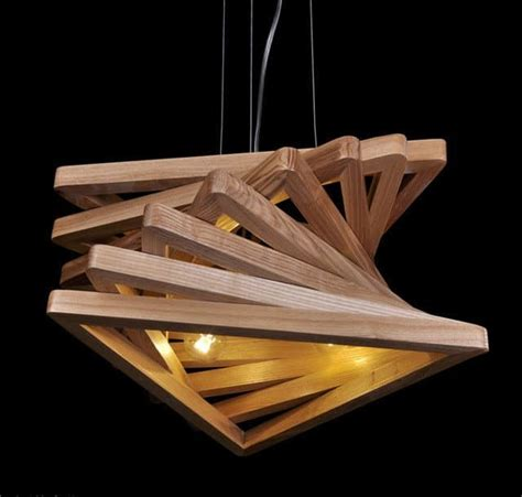 Diy-Wooden-Triangle-Chandelier
