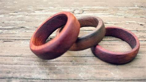 Diy-Wooden-Wedding-Rings