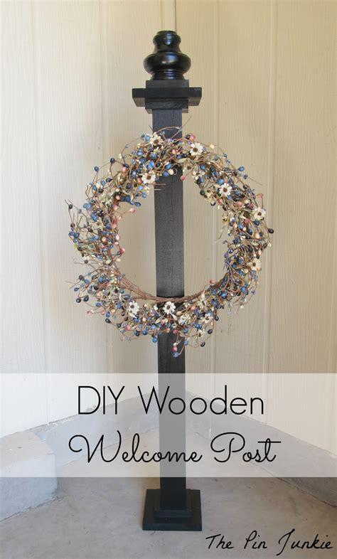Diy-Wooden-Welcome-Post