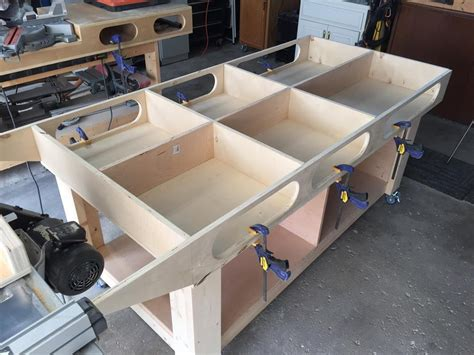 Diy-Woodworking-Assembly-Table