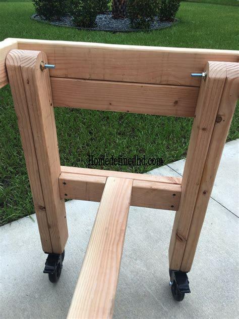 Diy-Work-Bench-Foldable-Legs