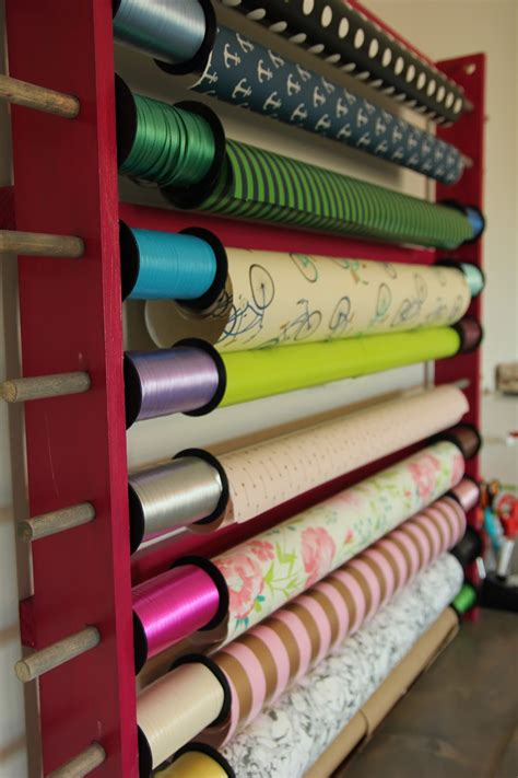 Diy-Wrapping-Paper-Holder