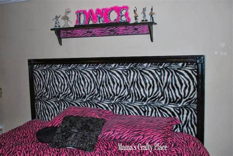 Diy-Zebra-Headboard