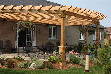 Do-It-Yourself-Curved-Pergolas-Plans