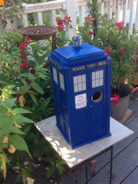 Doctor-Who-Tardis-Birdhouse-Plans