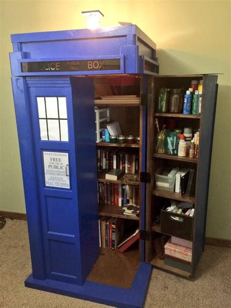 Doctor-Who-Tardis-Bookshelf-Plans