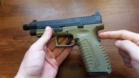 Does Springfield Xd Hav A Safety And Hiviz Sights For Springfield Xd